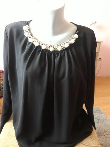 Ski rukavice - Srbija: Crna košuljica sa prelepim detaljem kao ogrlica koja je prikačena na