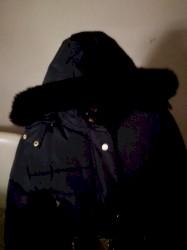 Zimska crna jakna xxl. BEZ ostecenja. Sa krznom.ramena 49c, pazuh 54 - Bogatic