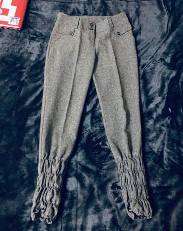 Женская одежда в Тамчы: Брюки на девочку,состояние отличное,размер s, 200 сом