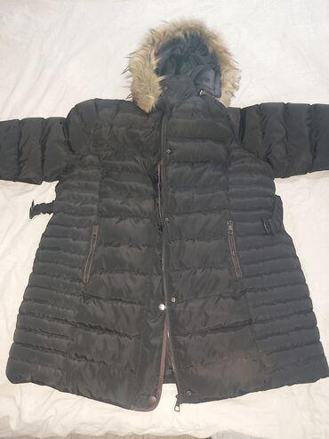Zimska jakna za krupnije dame 5xl,crne je boje,veoma topla