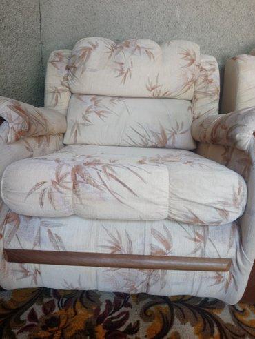 Продаю мебель. Диван и два кресла.  С в Лебединовка