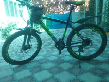 Спорт и хобби - Милянфан: Продам скоростную велосипед для взрослых очень удобный для города и