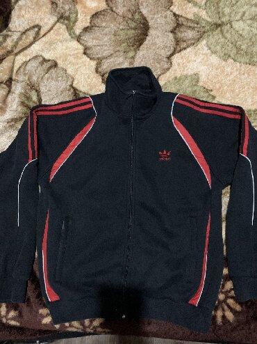 Толстовки - Кыргызстан: Спортивная кофта в хорошем состоянии, размер 48,50. Тёплая с начесом