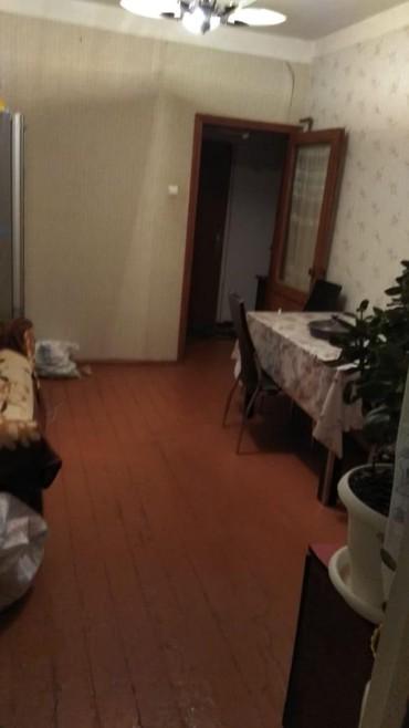 - Azərbaycan: Mənzil satılır: 3 otaqlı, 50 kv. m