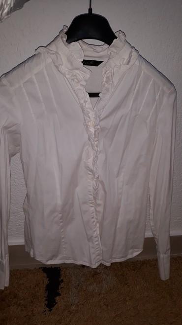 Košulja M veličina. Očuvana! - Loznica