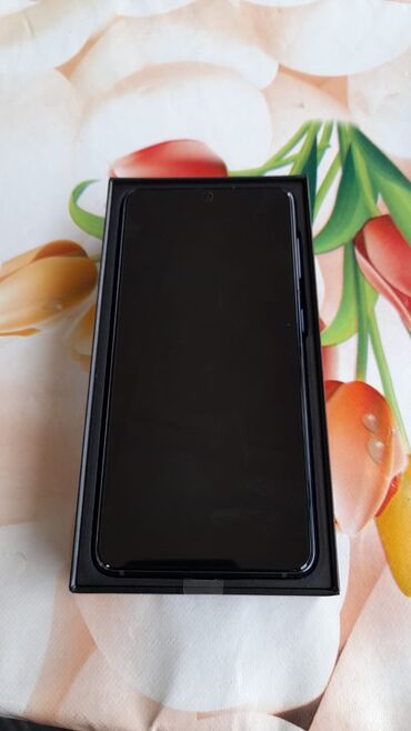 Samsung Galaxy S21 | 128 GB | qara | Yeni