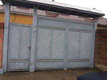 Врота деревянные в Токмак