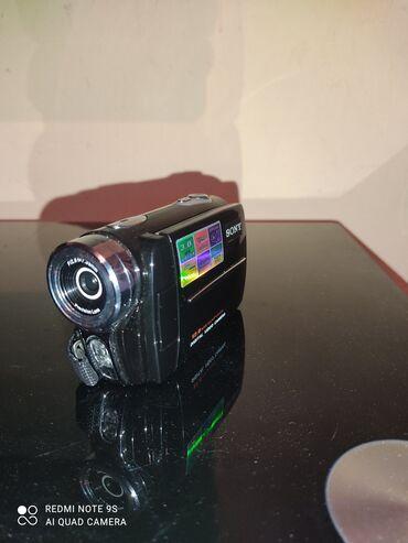 2 elan | FOTO VƏ VIDEOKAMERALAR: Tezedir karobkasda var üsdunde 1 dene 2GB kart şarj da olnur