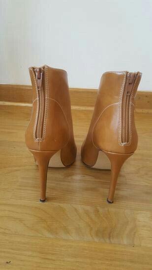 Kamel cipele nove 39 broj - Beograd - slika 4