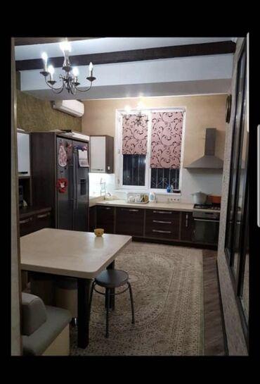 Продается квартира: 4 комнаты, 135 кв. м