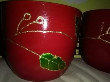 Saksije za cvece dve iste prelepe za Bozic I zvezdu cvet,keramika. - Sombor