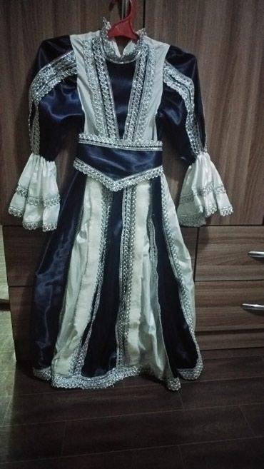 Новогоднее платье на 10-12 лет в Бишкек