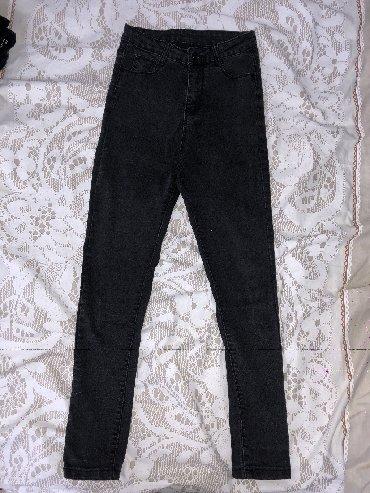 джинсы размер xs в Кыргызстан: Чёрные джинсы в обтяжку на рост 150-165 размер xs, s, на высокой