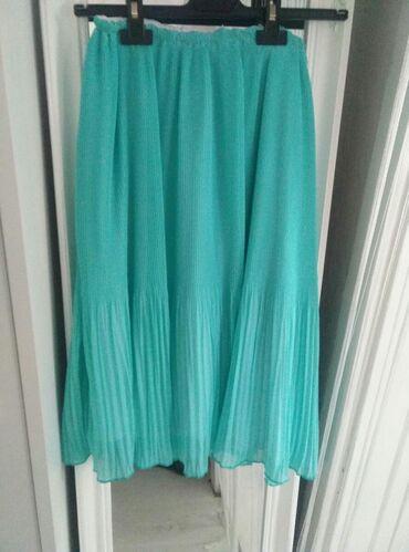 Midi tirkizna plisirana suknja novoUniverzalna veličina, duzina 66cm