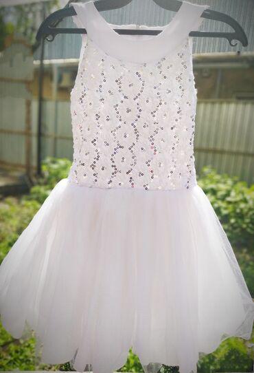 фата для девичника бишкек в Кыргызстан: Очень красивые платья! Белое- бренд Irish'ko,сзади шнуровка,юбка