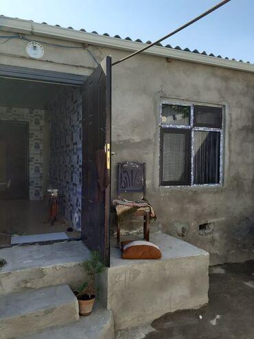 Evlərin satışı - Bakı: 65 kv. m 2 otaqlı