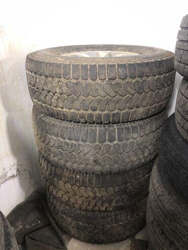 грузовые шины 385 в Кыргызстан: ВОГОДНАЯ СДЕЛКА!!! ДИСКИ Оригинал ЗАВОДСКИЕ (не реплика).  Поездили на