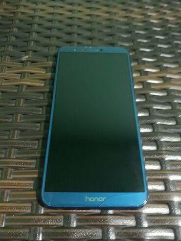Huawei nova plus - Srbija: Honor 9 Lite 4/64gb dual simIspravan radi odličnoVidi se ostecenje