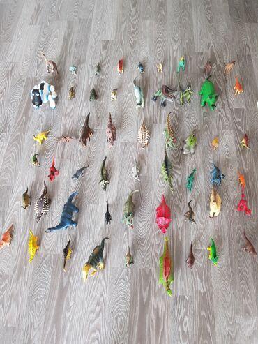 6595 объявлений: Продаём коллекцию игрушек динозавров.Более 50 шт. в очень хорошем