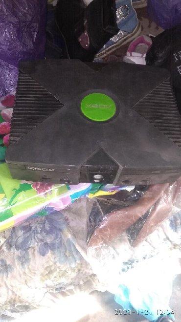 xbox 3 0 в Кыргызстан: Продаю приставку Xbox, нету только джойстиков рабочая прошу 1500