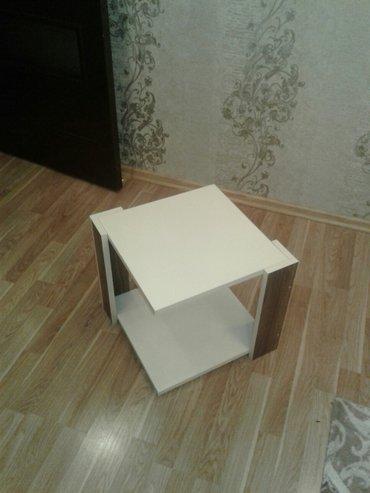 Çay stolu tekerli 40x40 (jurnalni kimi) в Salyan