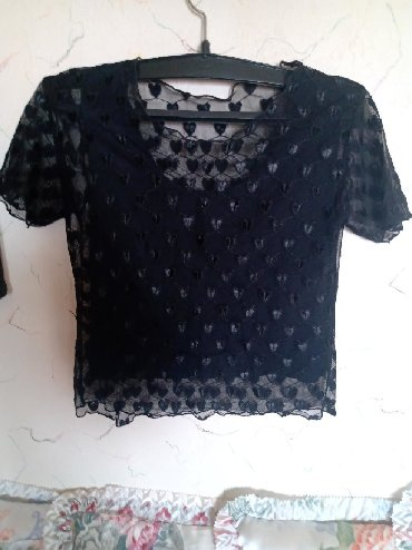 Cipkana bluz - Srbija: Cipkana bodi bluza,sa postavom. dim. obim grudi. 80cm. duz. 45cm