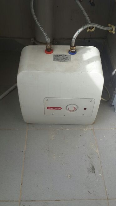 ARISTON - 10 litrlik su qızdırıcısı. Bərbərxanalar üçün əla və