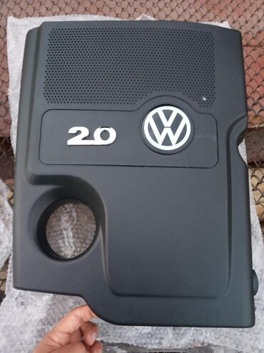 Автозапчасти в Каракол: Продаю на пассат Б5+ новый крышка мотора