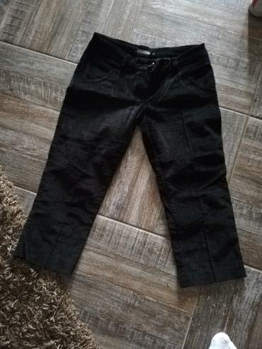Pantalone od plisa, nove. Vel. 36 - Leskovac