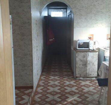 Аренда Дома Долгосрочно: 200 кв. м, 4 комнаты