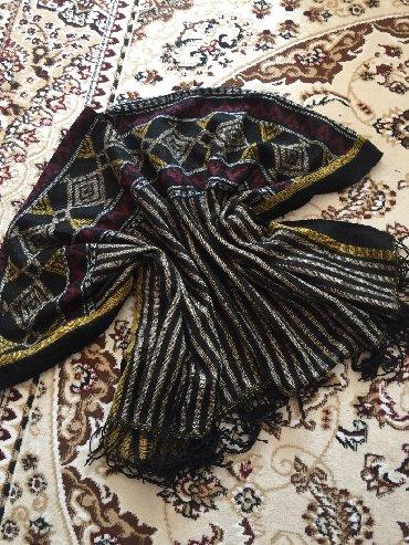 вязание пальто кардиганы пончо в Кыргызстан: Продаю стильное и тёплое пончо шарф