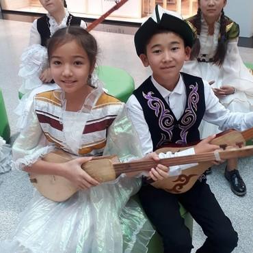 Комузы - Кыргызстан: Комуз уйронууну каалагандар байланышкыла.Сабактар онлайн отулуп