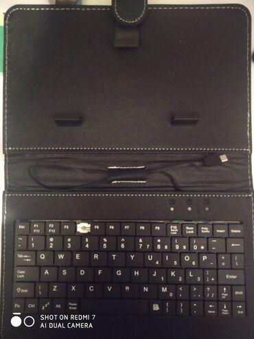 70 200 f4 в Азербайджан: Клавиатура для телефона, почти новая, отсутствует одна кнопка F4