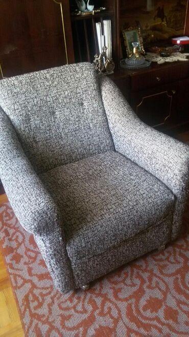 Кресла в Кара-Балта: Кресла со столиком полирован 6500.Цвет как на последнем фото.Состояние