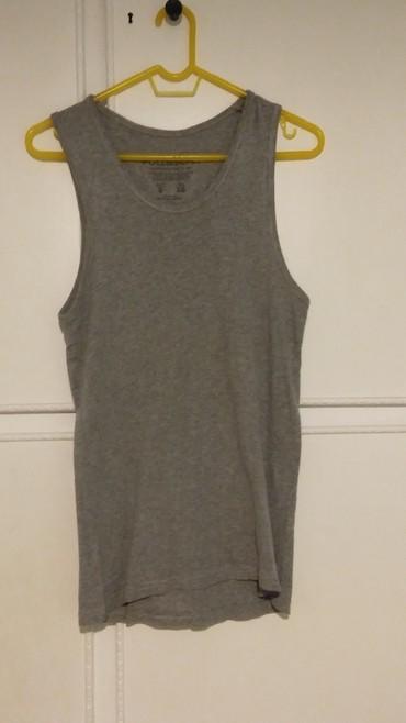 Γκρι αμάνικη μπλούζα Pull & Bear S-M σε Athens