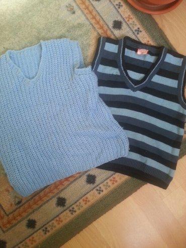 Dečija odeća i obuća - Varvarin: 2 prsluka zimska br 3 bez ostecenja. Sms