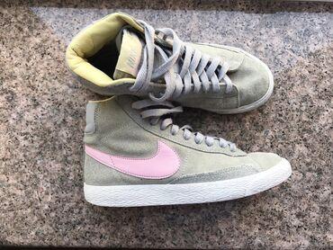 nike low в Кыргызстан: Кроссовки Nike, ( ботасы) Nike, размер 36,5 100% оригинал с США