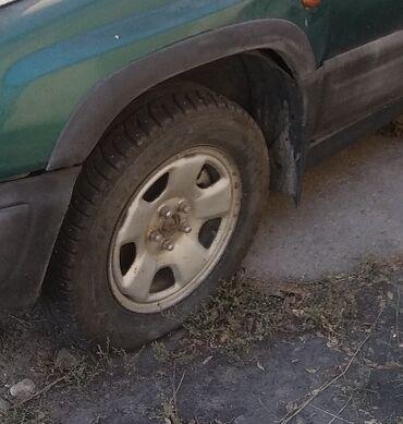 bentley azure 6 75 twin turbo в Кыргызстан: Subaru Forester 2 л. 2000
