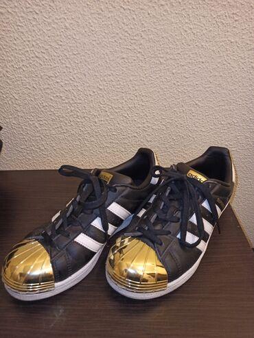 Adidas - Ελλαδα: Μαυρα με χρυσό μέταλλο γυναικεία παπούτσια περιπάτου Adidas, No 37