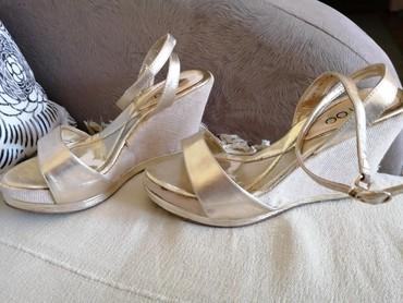 Zlatne baletamke - Srbija: Sandale zlatne broj 39