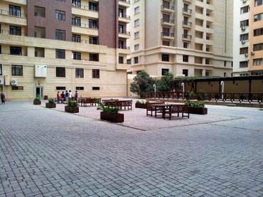 ремонт машины в Азербайджан: Сдается квартира: 2 комнаты, 85 кв. м, Баку