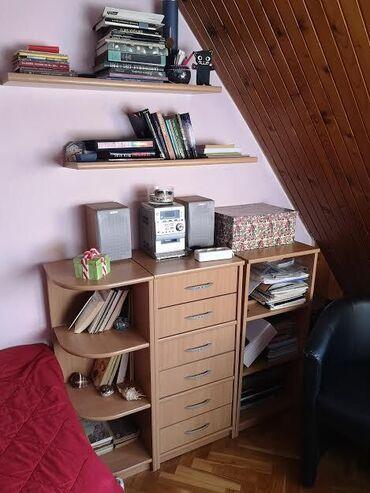 Decije sobe - Srbija: Prodajem policu iz cetiri dela, prakticni i lepi elementi za manju ili