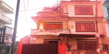 a bungalow house having land area 0-3-2-0 of 2.5 floors, facing south in Kathmandu