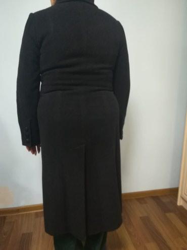 Пальто женское. Состояние хорошее. Размер 50-52. Цена 1000с. в Бишкек