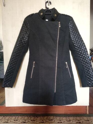 audi allroad 42 quattro в Кыргызстан: Пальто 42-44 размер(s),почти новое