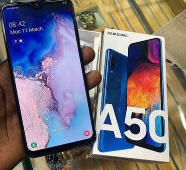 İşlənmiş Samsung A500 64 GB göy