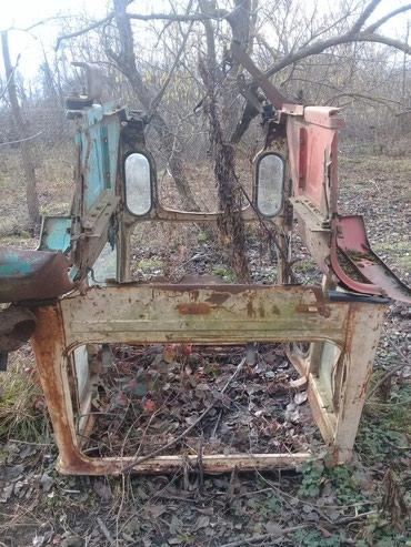 Xaçmaz şəhərində Traktor kabinkasi satilir ymz qabag arxa şuşesi yoxdu