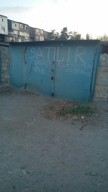 Sumqayıt şəhərində Sumqayitda 2-ci mkr-da qaraj satilir. rossiya kinoteatrinin arxasinda