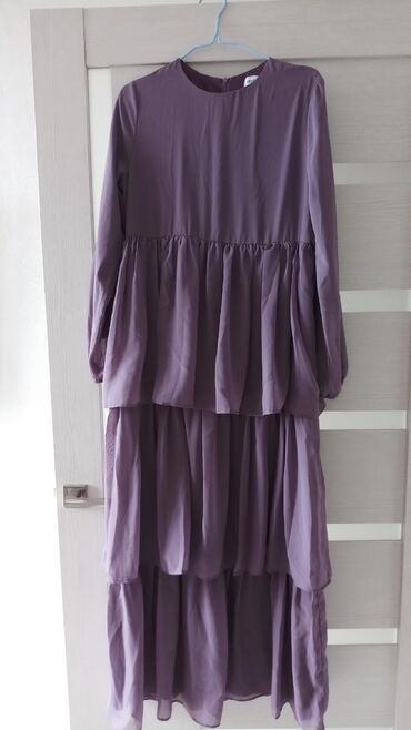 Женская одежда в Кербен: Платья