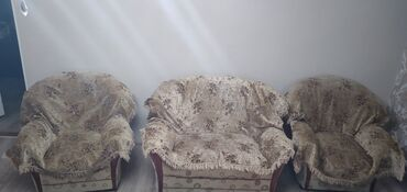 Диваны - Кемин: Продаётся четвёрка. Цена 13 000c